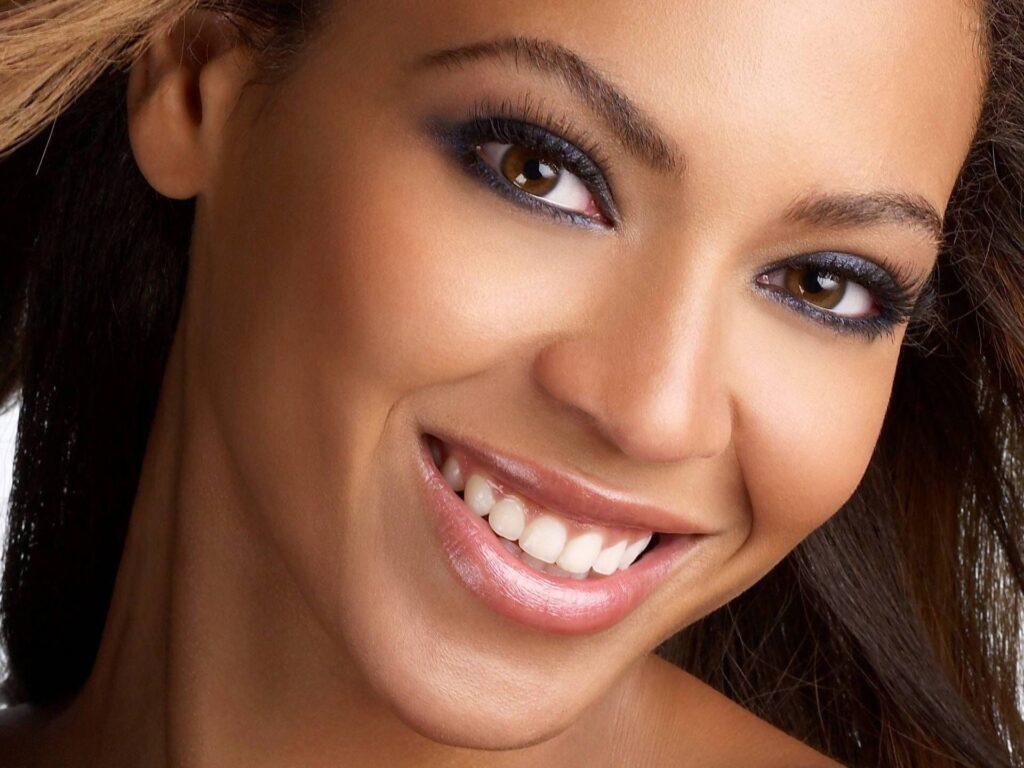 Beyonce Smile