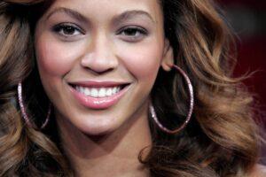 Celebrity Smile Makeover in Tijuana