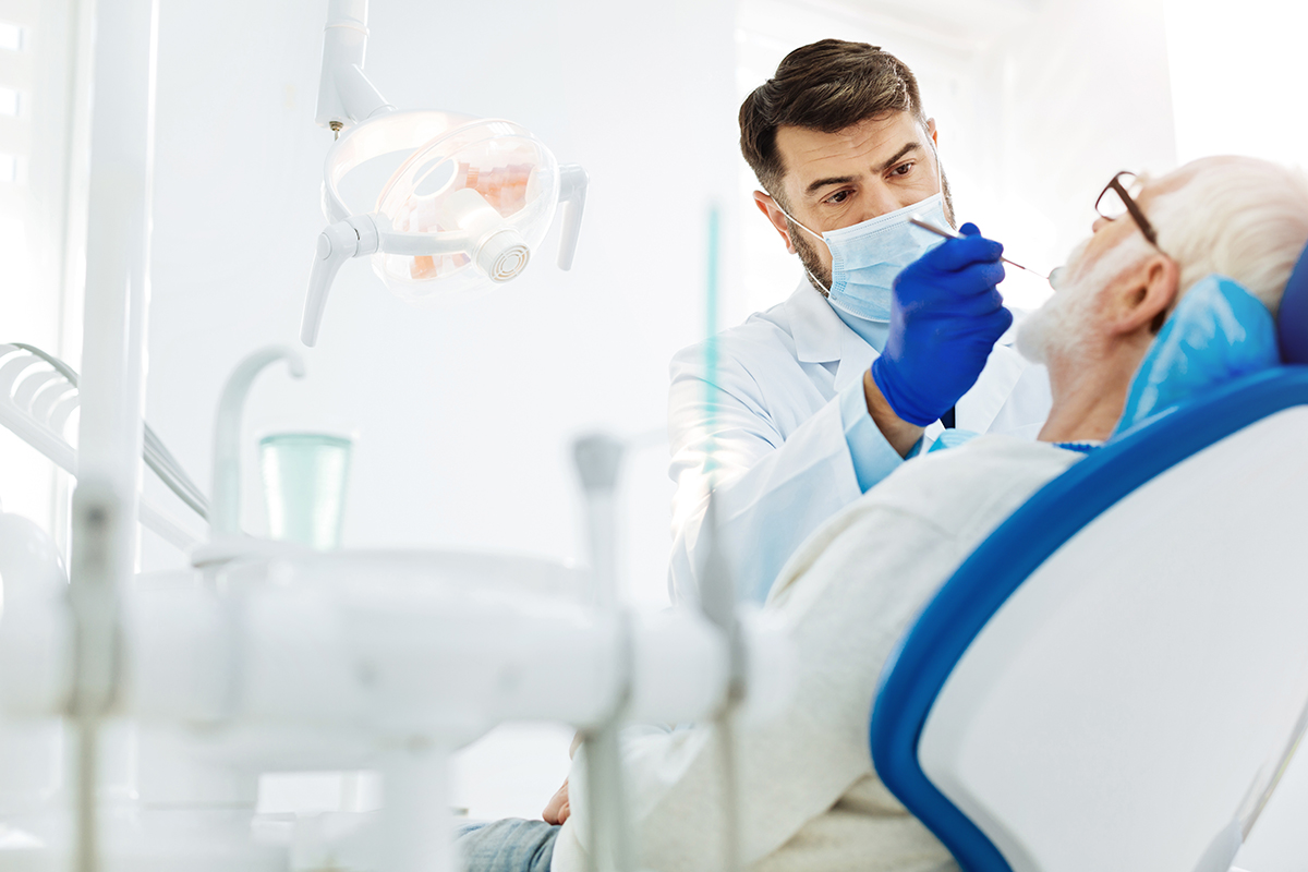 Dental professional in Mexico - Dental Image